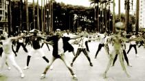 aliendancing2